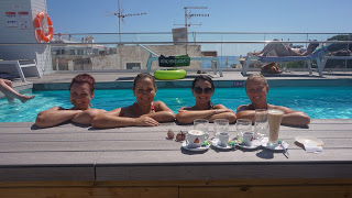 With the girls in COOEE, Cala Ratjada, Mallorca