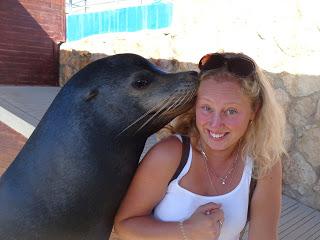 With the sea lion in Marineland, Palma de Mallorca